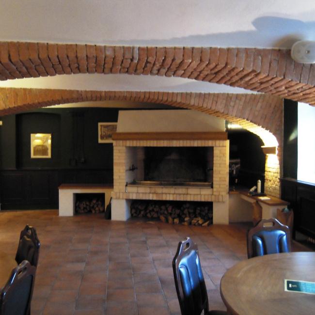 1154 realizace grilu v restauraci Brno